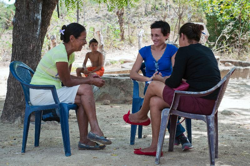 """Juana es presidenta del CAPS """"Comunidades Unidas"""" en el municipio de Villanueva (Chinandega): """"Cuando nos dijeron que iban a llegar el sistema de agua potable le dije a mi familia: 'Yo como presidenta tengo que dar ejemplo""""."""