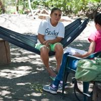 """Estebana es usuaria del sistema de agua potable de Potosí: """"Yo no me meto en la Junta Directiva porque no tengo tiempo. Y porque hay que saber. Pero voy a las reuniones""""."""